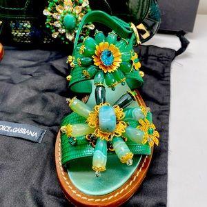 Dolce & Gabbana Women's Green Flat Sandal